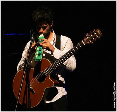 Mélodica et guitare